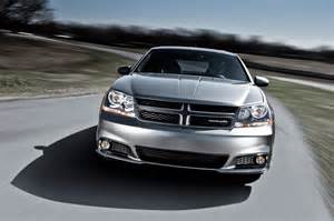 2013 Dodge Avenger Pictures 2013 Dodge Avenger Reviews And Rating Motor Trend