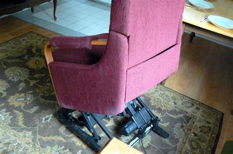 recliner that stands you up la z boy power recliner helps you stand up sit recline
