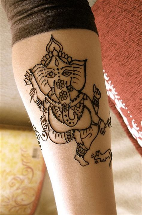 ganesh side tattoo mehndi ganesh by hennalounge via flickr doodles