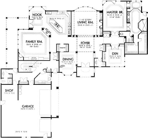 L Shaped House Plans With Attached Garage by Best 25 L Shaped House Ideas On L Shaped