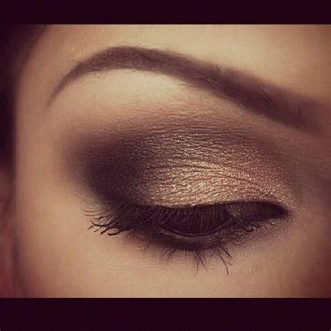 Eyeshadow Bronze smokey eye health and