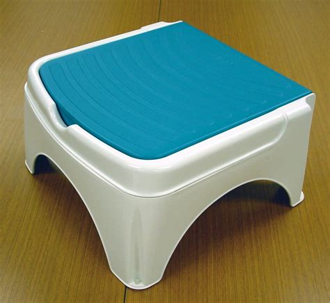 Bath Stool For Baby by How To Build A Wooden Bathtub Stool Loccie Better Homes