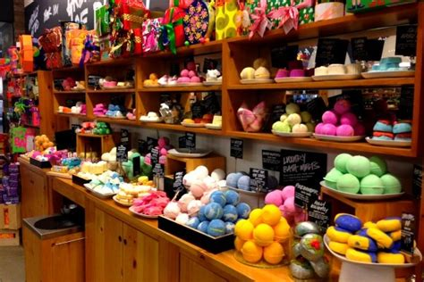 Handmade Products Store - fall in with lush cosmetics the lala