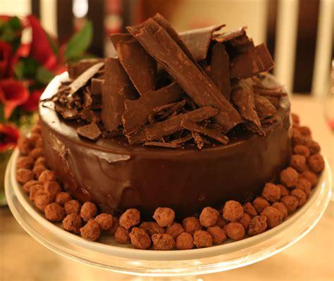 Small Bath chocolate hazelnut cake petit world citizen