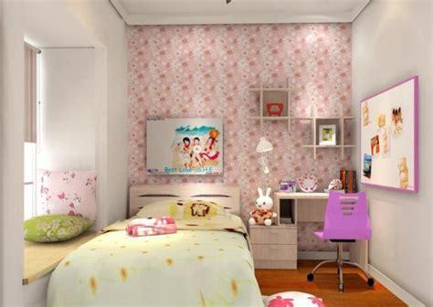 motif wallpaper dinding  kamar anak perempuan
