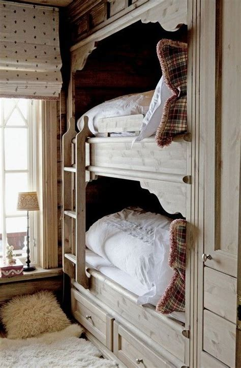 Functional Bunk Beds 26 Cool And Functional Built In Bunk Beds For Digsdigs