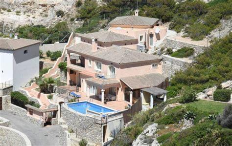 brat house brad pitt in mallorca brad pitt buys 3 5 million villa