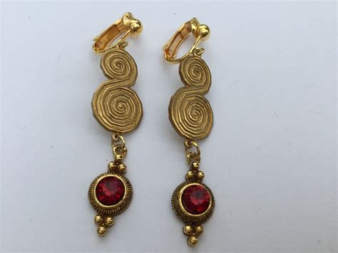 Revival And Piercing Clip On Non Pierced Revival Style Earrings Gold