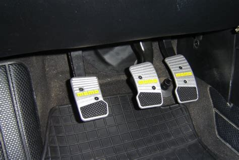 Pedal Momo 5 momo pedal install mk iii jetta golf