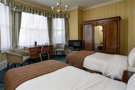 swiss cottage hotel best western swiss cottage hotel