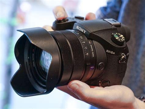 Nikon Coolpix P900 3 5 by Nikon Coolpix P900 Vs Sony Rx10 Iii Shootdigitalcameras