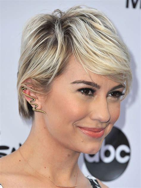 Layered Hairstyles With Bangs Straight Hair Short | chelsea s layered short straight hairstyle with side swept