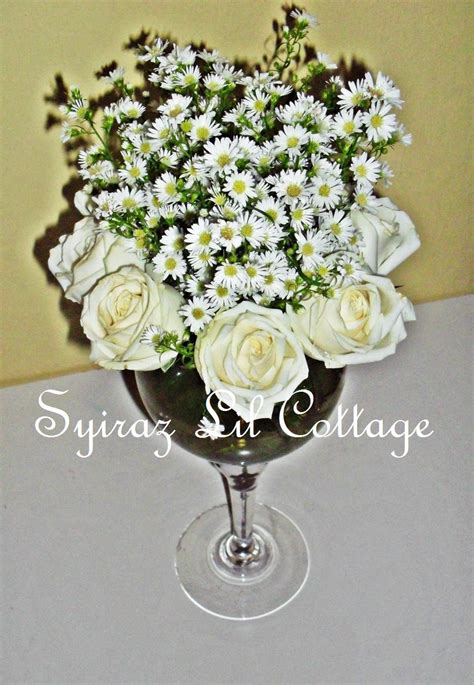 weddings at syiraz lil cottage fresh centerpieces