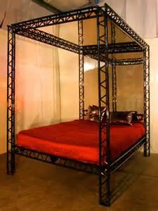 Bedroom Restraints Versatile Bed From Kinkybeds Com Gear That