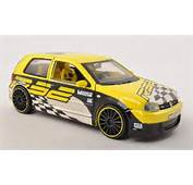 Volkswagen Golf IV R32 Tuning Maisto Racing Yellow Mit Dekoration 2003