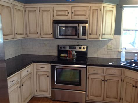 Faux Painted Kitchen Cabinets by You Don T Have To Live With The Shame