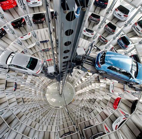Vw Autoturm by Zuliefererstreit Vw Konnte 22 000 Golf Und Passat Nicht