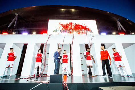 arsenal home kit sukan puma unveils 2015 16 arsenal home kit through live
