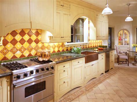 tuscan kitchen backsplash kitchen tuscan kitchen with warm backsplash decoviewer