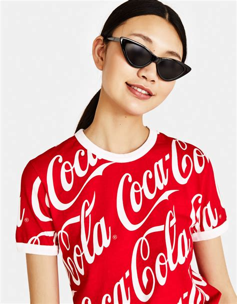Bershka Tshirt Cola Cola magliette da donna primavera estate 2018 bershka
