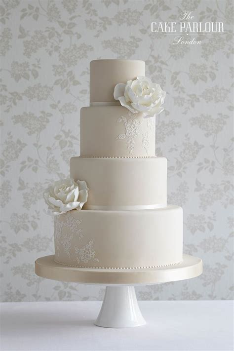 Wedding Cake Simple White by 17 Best Ideas About Stencil On Painted