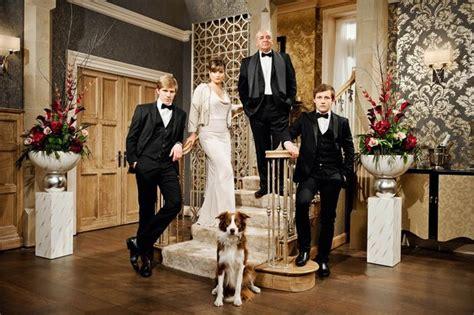 To Hem White Aron emmerdale spoilers robert sugden joins the glamorous