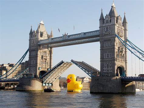Home Design Free Trial by The Day That Tower Bridge Was Raised For A Rubber Duck