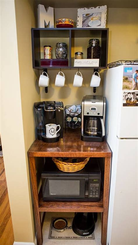 storage ideas for small apartment kitchens best 25 small apartment kitchen ideas on