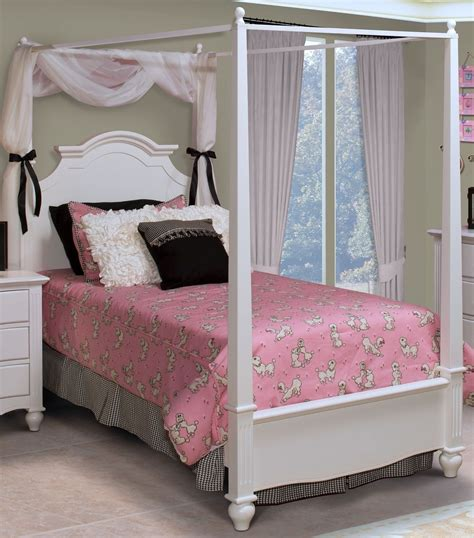twin poster bed victoria white twin poster bed from new classics 05 621
