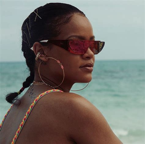 Real Hair Style by Rihanna Reveals Real Hair In Braid Style
