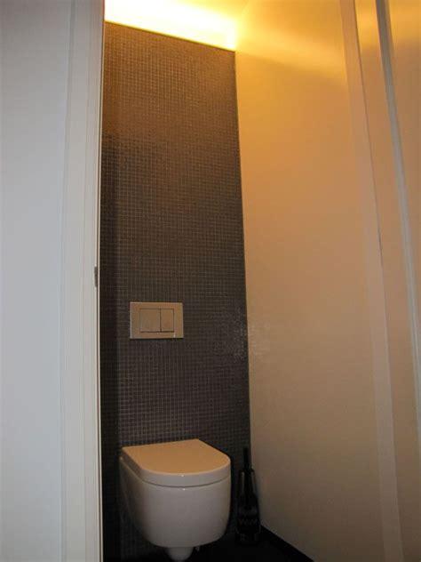Achterwand Toilet Betegelen by Indirect Licht Nieuw Zwevend Toilet Met Betegelde