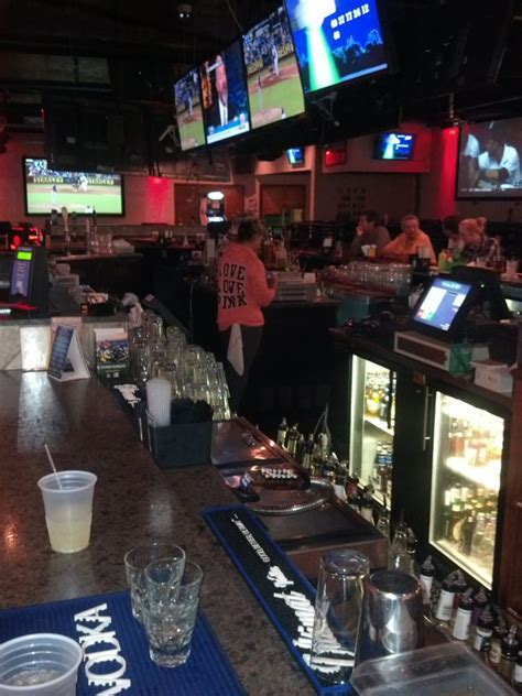 the basement sports bar grill 13 photos 15 reviews
