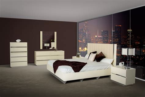 bedroom in italian luxor modern beige lacquer italian bedroom set