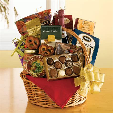Amazing Christmas Staycation Ideas #2: Christmas-Gift-Basket-Ideas-2013.jpg