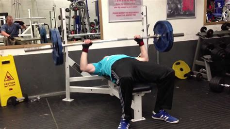 100kg bench press 14 year old 100kg 220lb bench press 3 reps youtube