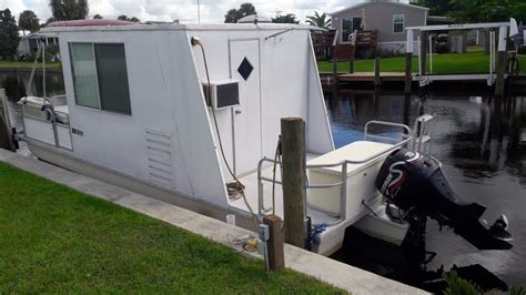 catamaran cruisers lil hobo for sale lil hobo houseboat for sale florida autos post
