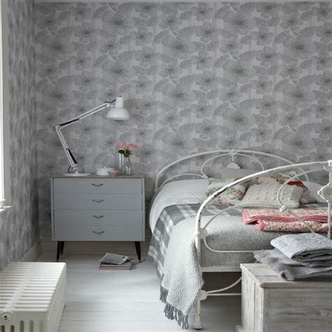 wallpaper grey ideas try an understated colour scheme bedroom wallpaper ideas