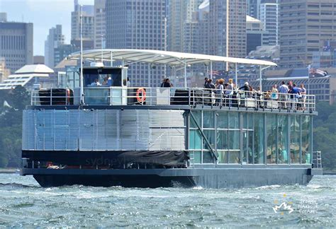 house boat sydney starship aqua boat hire nye ticketed cruise sydney harbour