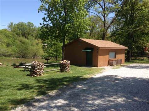 Clinton Lake Cabins by Gabby S Cabins Clinton Missouri