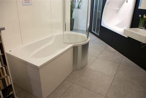 badewanne restposten sanikal das besondere bad abverkaufsprodukte