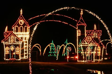holiday lights safari at hollywild our upstate sc