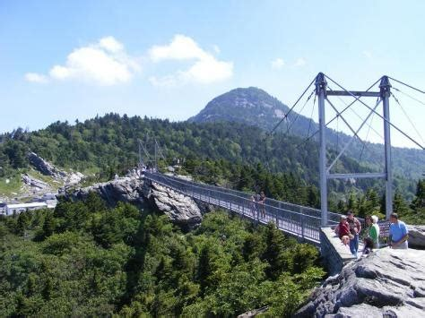 grandfather mountain swinging bridge pin by igougo on great american road trip pinterest