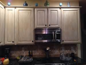 white washed kitchen cabinets 54 best images about white washed ish on