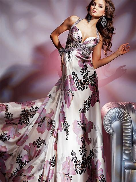 Luxurious Floral Print Satin Fabric Sweetheart Full Length