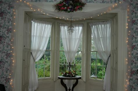 window curtain ideas bay window decorating ideas home intuitive