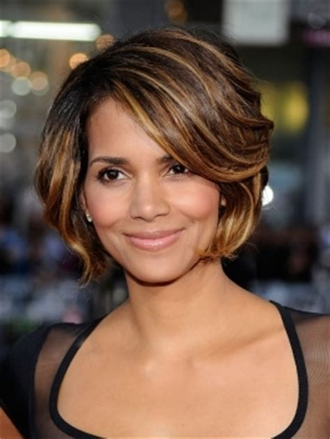 on trend hairstyles for 40 somethings 2010 over 40 hair styles trends