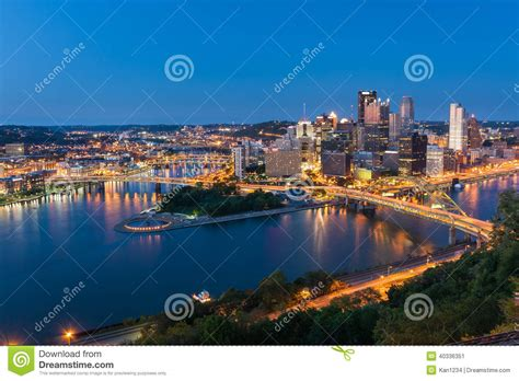 greater than a tourist pittsburgh pennsylvania usa 50 travel tips from a local books pittsburgh downtown skyline at pennsylvania usa