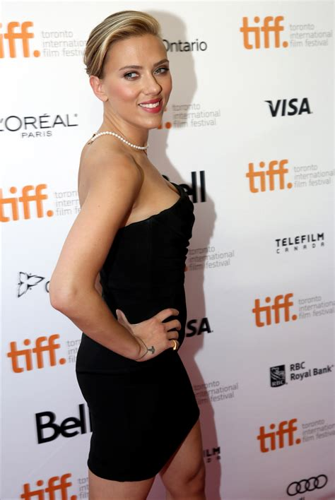 scarlett johansson wears tiny black dress pearls to don
