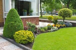 jardines peque 241 os y patios traseros de dise 241 o 250 nico 25 backyard designs and ideas inspirationseek com