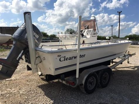 boat dealers clearwater clearwater 2100 bay boats for sale